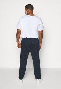 Jack´s Sportswear - CLUB PANTS ELASTIC WAIST - Tracksuit bottoms - blue - 2