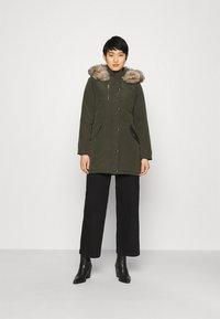 Dorothy Perkins - TRIM COAT - Winter coat - khaki - 0