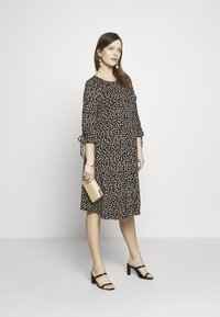 Dorothy Perkins Maternity - DAISY PRINT TIE SLEEVE FIT AND FLARE DRESS - Sukienka z dżerseju - black - 1