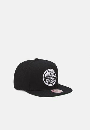 BRANDED CIRCLE SNAPBACK - Cap - black/white