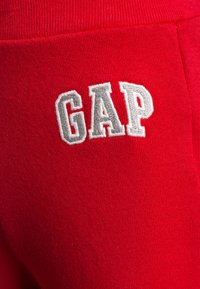 GAP - TODDLER BOY LOGO - Trousers - red wagon - 2