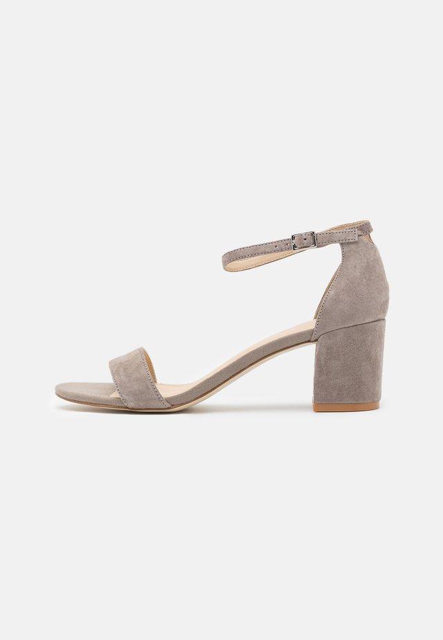 LEATHER - Sandales - grey