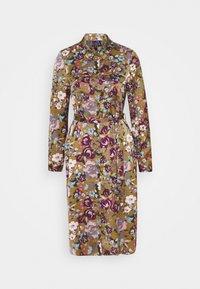 Vero Moda - VMEMELY BELT DRESS - Denní šaty - green moss/emely - 4