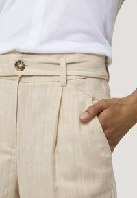 mine to five TOM TAILOR - Chinos - sand white twill - 3