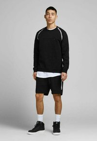 Jack & Jones - Sweatshirt - black - 1