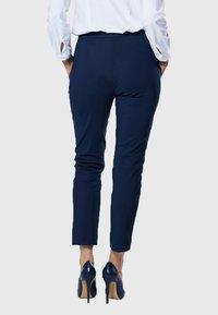 Evita - Pantalon classique - navy - 2