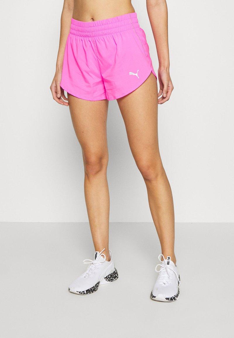 Puma - IGNITE SHORT - Pantalón corto de deporte - luminous pink