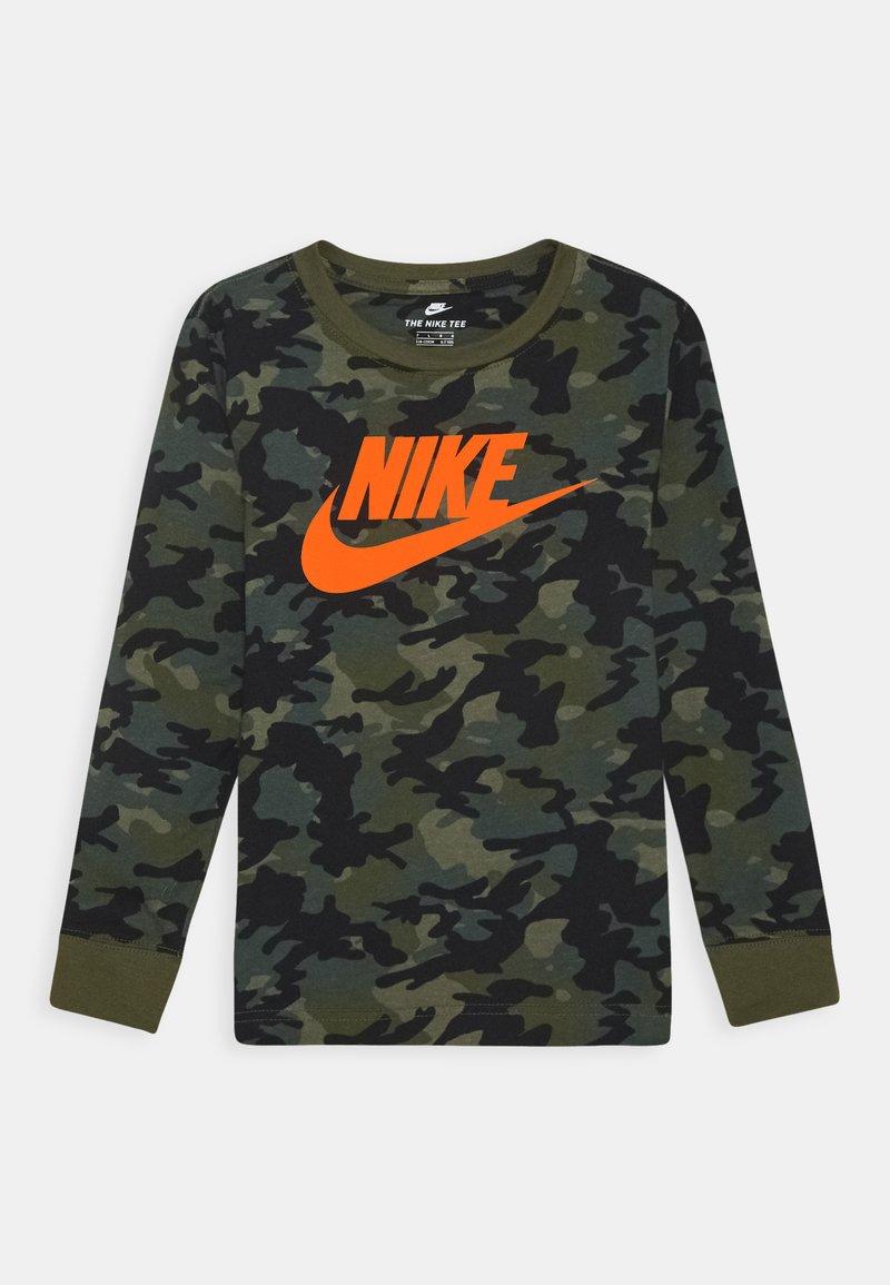 Nike Sportswear - CAMO UNISEX - Long sleeved top - medium olive