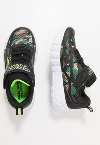 Skechers - FLEX-GLOW - Trainers - black/lime - 1