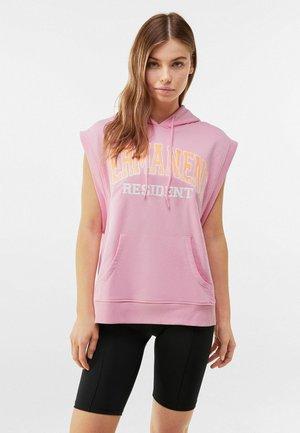 MIT KAPUZE UND PRINT - Hoodie - pink