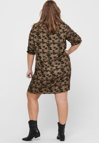 ONLY Carmakoma - Day dress - toasted coconut - 2