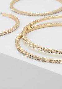 Pieces - Korvakorut - gold-coloured/clear - 4