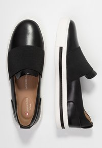 Clarks Unstructured - MAUI STEP - Slip-ons - black - 3