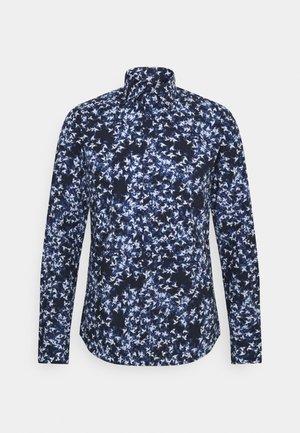 IVER SLIM FIT - Shirt - medium blue