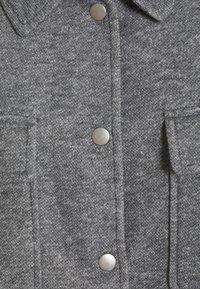 Vero Moda - VMVERODONAVITA JACKET - Summer jacket - light grey melange - 2