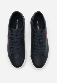 Levi's® - WOODWARD - Trainers - navy blue - 3