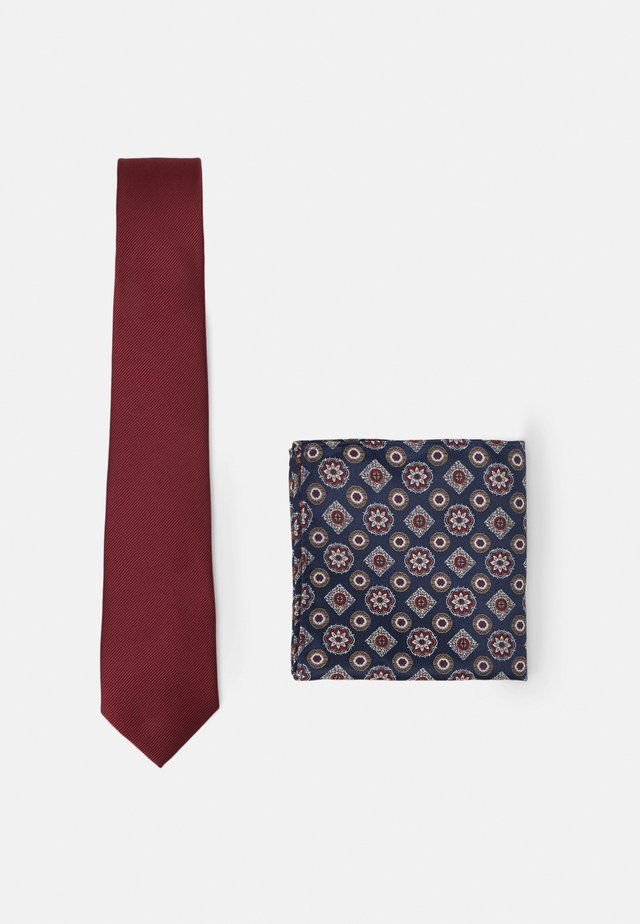 EPP AND GEO SET - Slips - burgundy