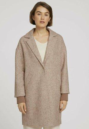 MIT FISCHGRÄTENMUSTER - Short coat - rose brown herringbone