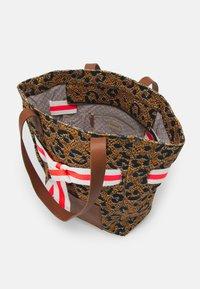 Codello - LEO HIGH - Handbag - brown - 2