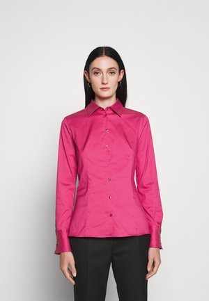 THE FITTED SHIRT - Pusero - bright pink