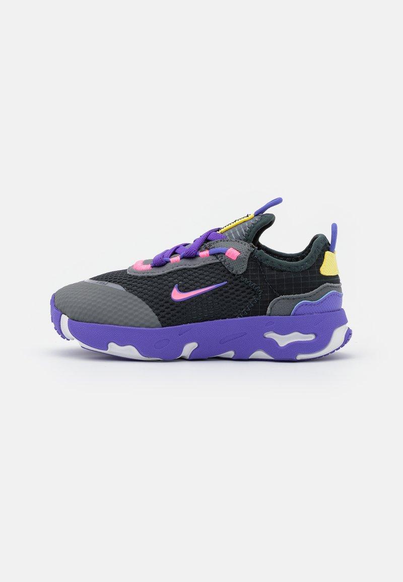 Nike Sportswear - RT LIVE UNISEX - Trainers - dark smoke grey/sunset pulse/smoke grey/sapphire