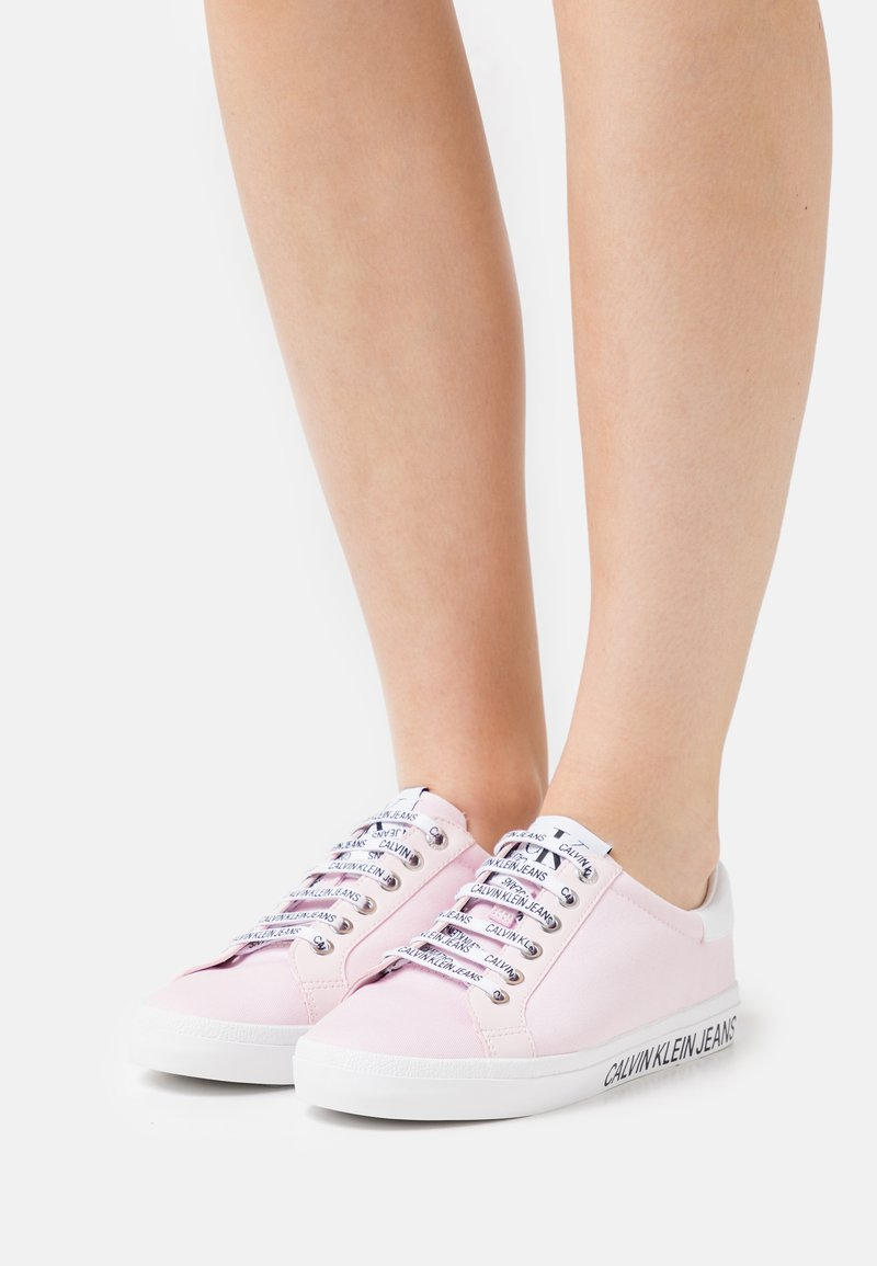 Calvin Klein Jeans - PROFILE LACEUP  - Trainers - pearly pink