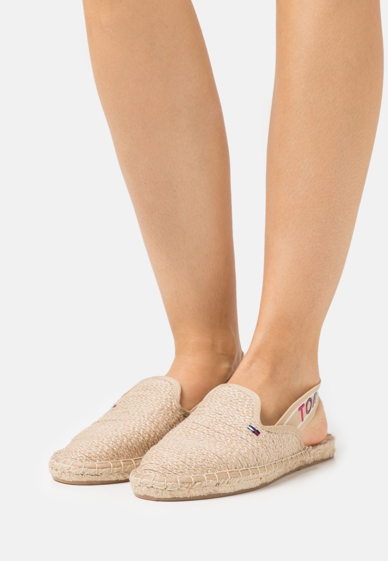 Tommy Jeans - RAINBOW BRANDING - Espadrilles - natural