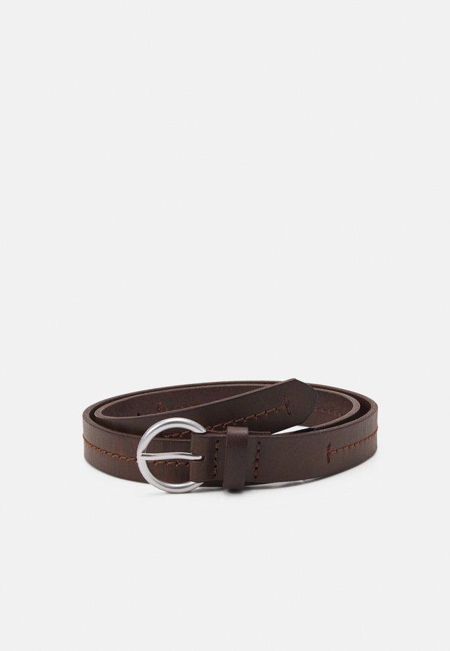 SARINA - Cinturón - maroon brown