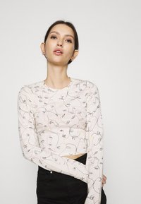 Monki - BARB - Long sleeved top - sand - 3