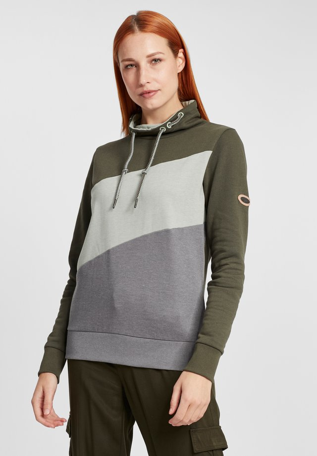 AGDA - Sweater - forest night