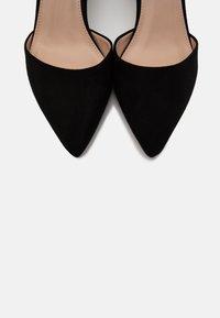 Dorothy Perkins - ELSA COURT - Classic heels - black - 5