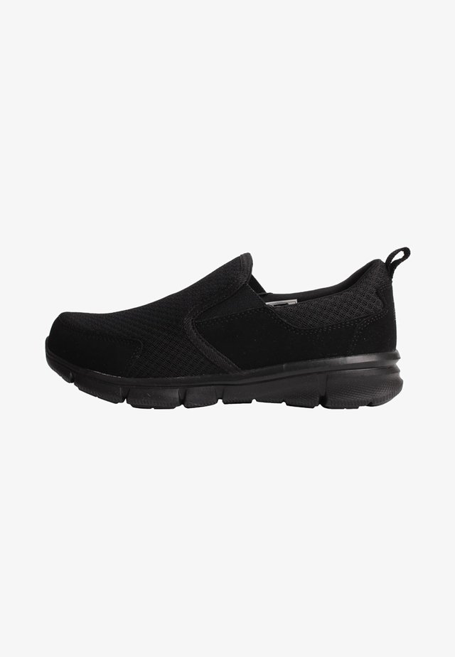 SLAZENGER ZEAL  - Trainers - black