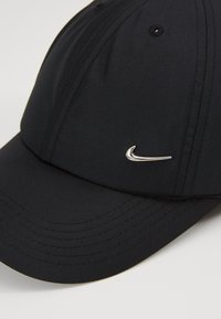 Nike Sportswear - HERITAGE UNISEX - Kšiltovka - black/metallic silver - 2