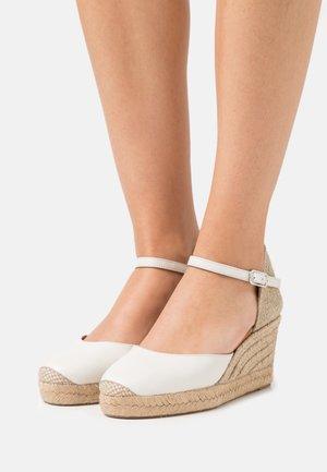 CACERES - Platform sandals - ivory