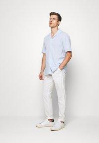 Lindbergh - PANTS - Trousers - white - 1