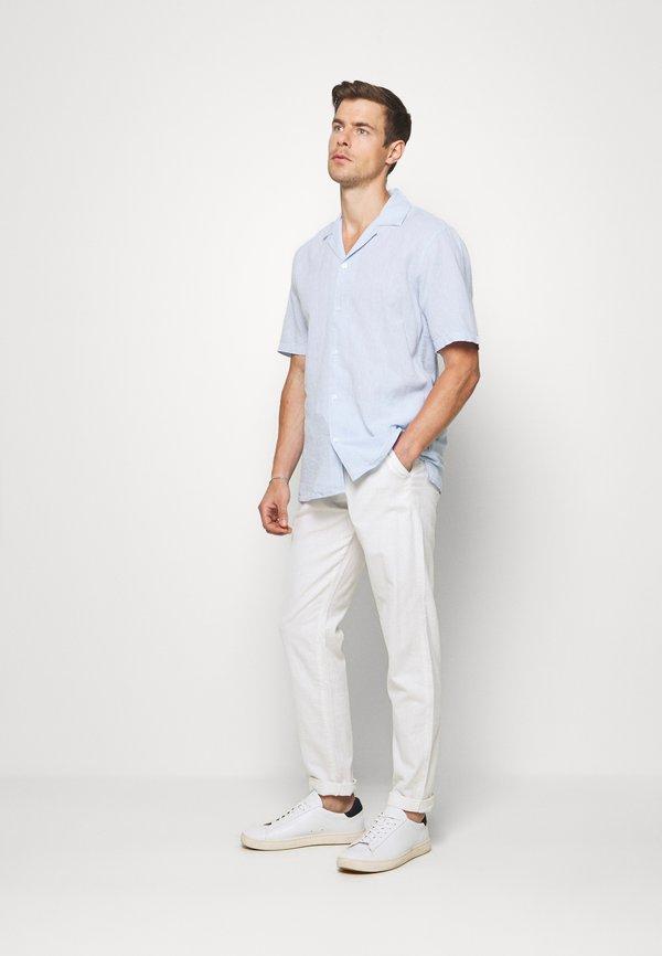 Lindbergh PANTS - Spodnie materiałowe - white/biały Odzież Męska QECM