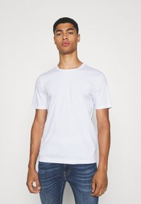 Tiger of Sweden - OLAF - T-shirt basic - pure white - 0