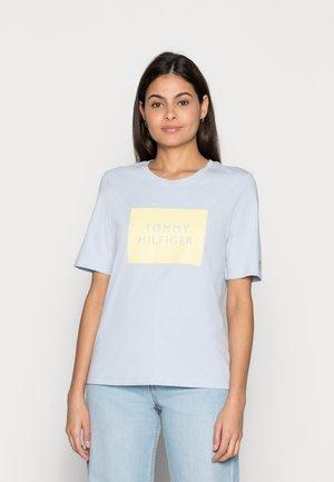 REGULARBOX - Print T-shirt - blue