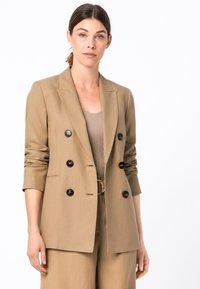 HALLHUBER - Short coat - camel - 0