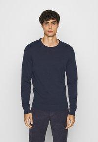Pier One - 2 PACK  - Stickad tröja - dark blue/mottled dark grey - 4