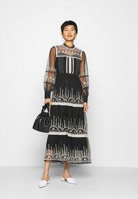 Derhy - FAIENCE ROBE - Maxi dress - black - 1