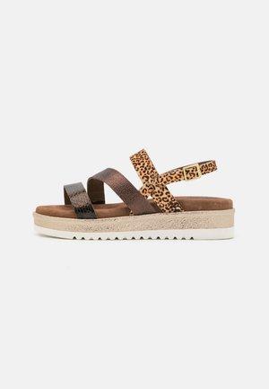 Sandales à plateforme - copper