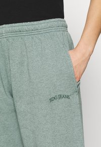 BDG Urban Outfitters - JOGGER PANT - Pantaloni sportivi - teal - 4