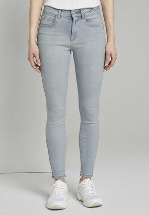 TOM TAILOR DENIM JEANSHOSEN NELA EXTRA SKINNY JEANS - Jeans Skinny Fit - used light stone blue denim