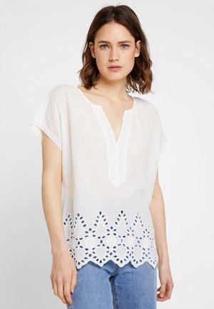 BLOUSE - Bluse - white