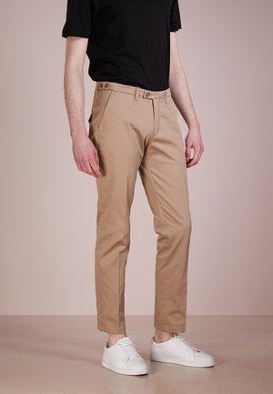 KILL - Trousers - beige