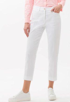 STYLE MARA S - Pantalon classique - white