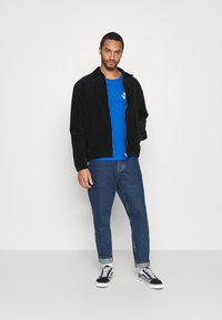 YOURTURN - UNISEX - T-shirt med print - blue - 1
