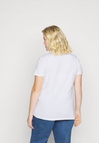 adidas Originals - TREFOIL TEE - T-shirt z nadrukiem - white/black - 2