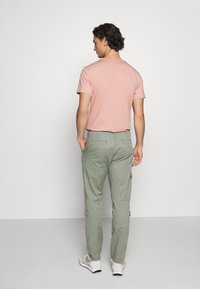 Levi's® - LO BALL UTILITY - Cargobukser - sea spray - 2